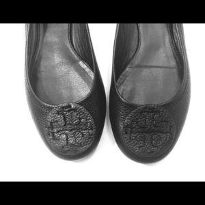 Tory Burch Reva Ballet Flats Black Pebbled Leather